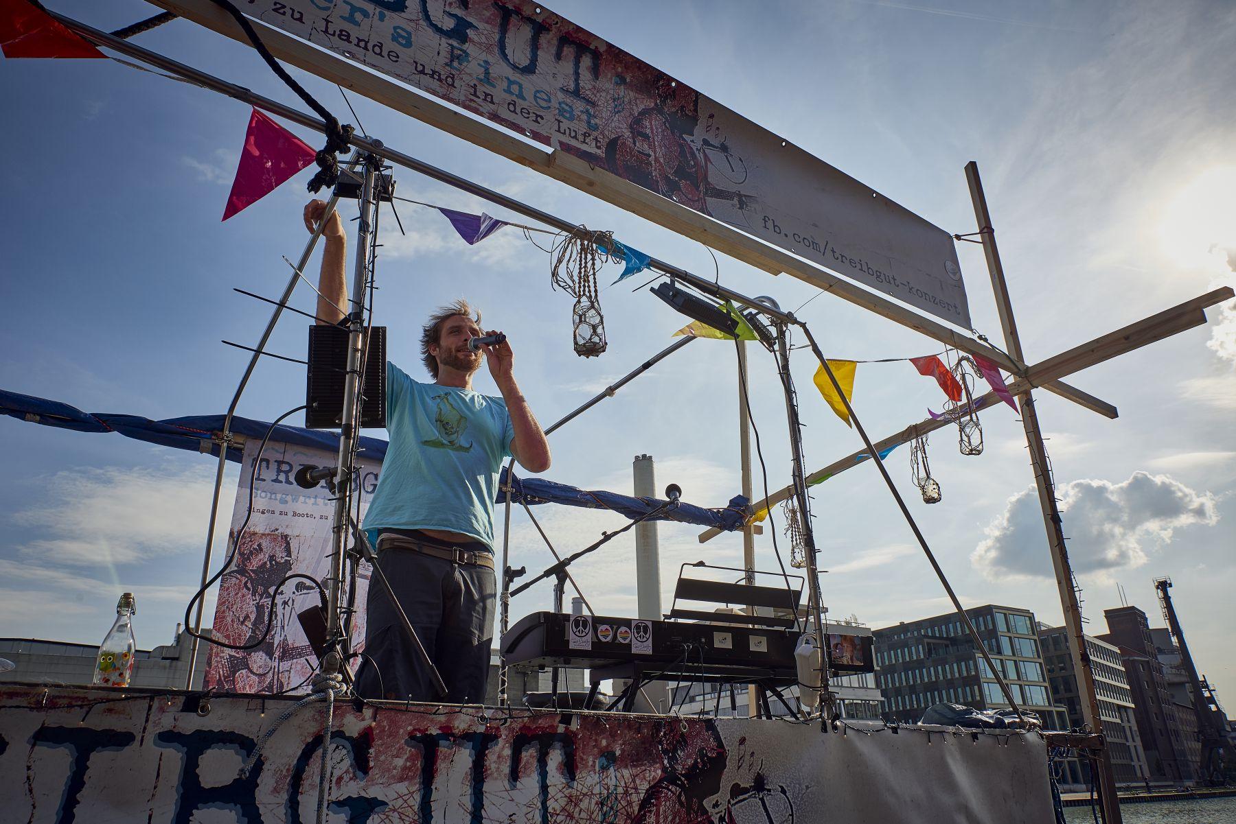 Treibgut - Hafen -1-2019- Moderation Hendrik Hilgert