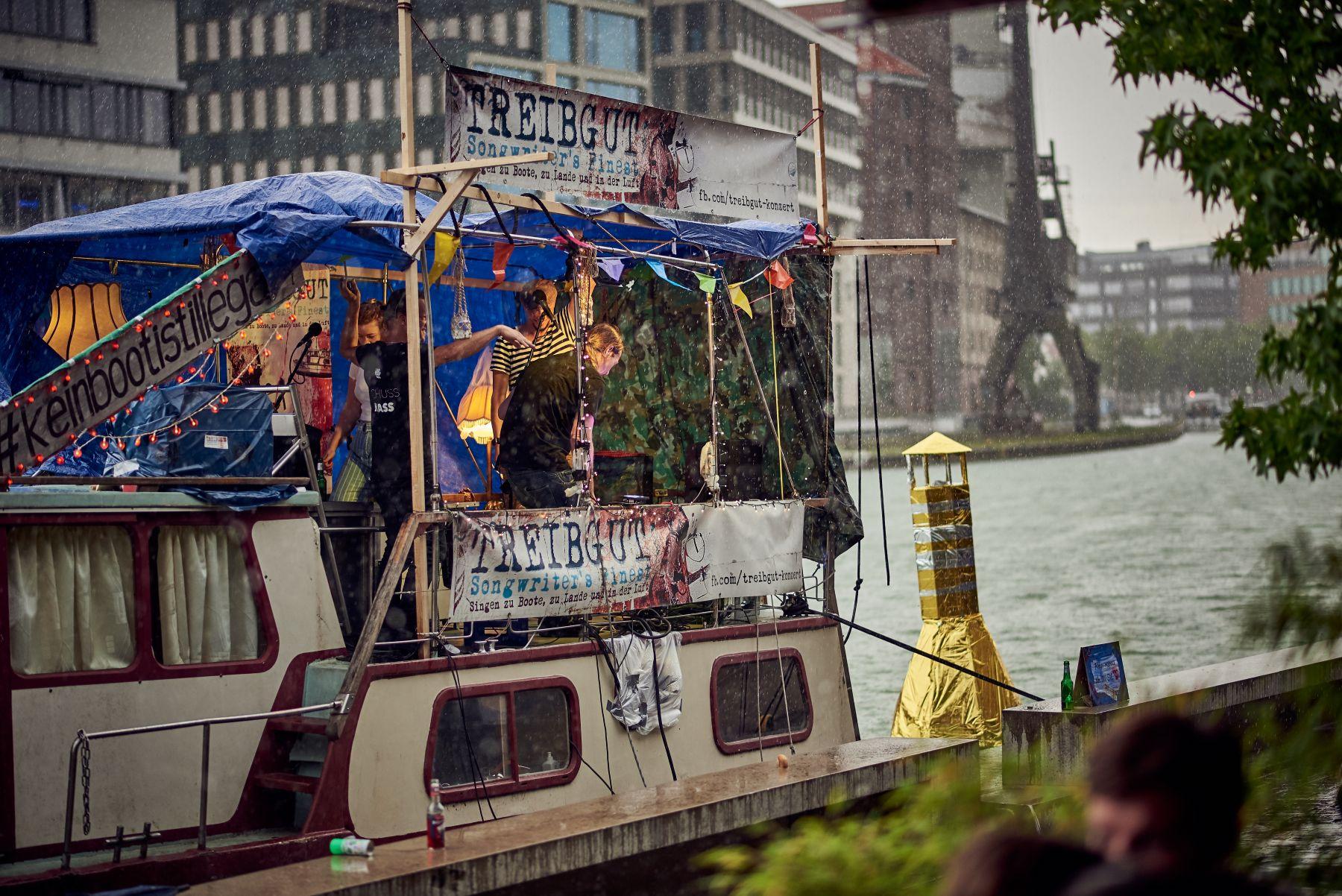 Treibgut - Hafen -2-2019- Regen