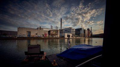 Treibgut - Hafen -2-2019- Backstage Floß - noch regenfest